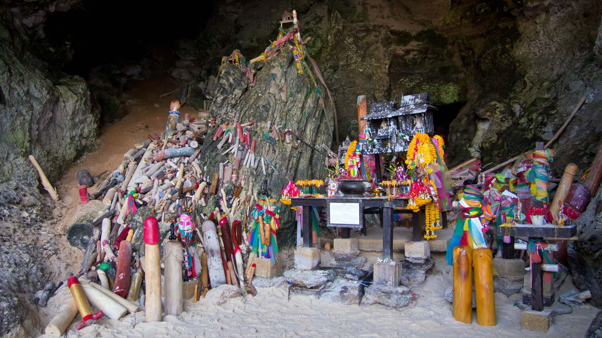 Ao-Nang-Straende-Phra-Nang-Cave-Beach-03